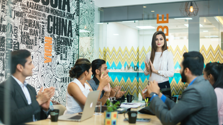 6 Strategies to Improve Customer engagement in B2B SaaS